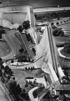 The American Eagle roller coaster was the world's largest wooden roller coaster at the time. Abandoned Castles, Abandoned Mansions, Abandoned Houses, Abandoned Places, Great America, Abandoned Amusement Parks, Roller Coasters, Ghost Towns, West Virginia