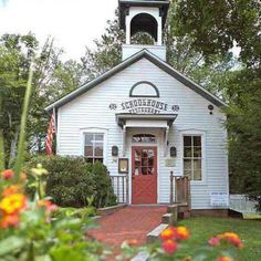Fine dining farm-to-table restaurant inside the casual, yet elegant setting of an historic schoolhouse building nestled within New England's quaint Cannondale Village on the Norwalk River.