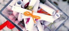 Joulukalenteriin tarina (tulosta ja hyödynnä!) – Oranssia Gift Wrapping, Table Decorations, Christmas, Gifts, Diy, Home Decor, Paper Wrapping, Navidad, Bricolage