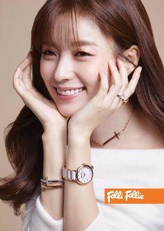 Han Hyo Joo New CF Folli Follie Pictorial Photoshoot