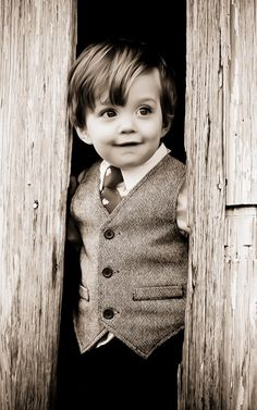 Toddler boy photo ideas - 18 month photo session |