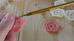 Flowers of Dunes crochet tutorial, lesson 4 - French Marigold