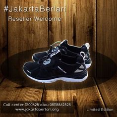 Sepatu lari 'Sandi Uno' #JakartaBerlari