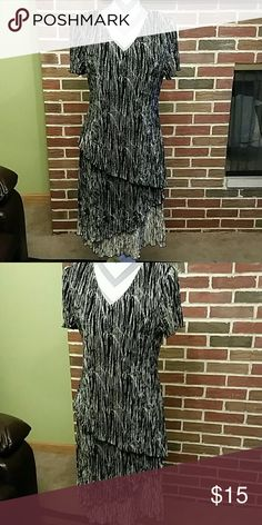 Dress Dress in excellent condition. Connected Apparel  Dresses