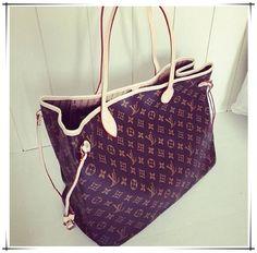 LV Shoulder Tote Louis Vuitton Handbags New Collection to Have LV Handbags Lv Handbags, Handbags Online, Handbags Michael Kors, Louis Vuitton Handbags, Fashion Handbags, Fashion Bags, Louis Vuitton Monogram, Designer Handbags, Designer Purses