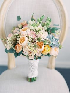 Waxflower: http://www.stylemepretty.com/2016/01/25/winter-florals-that-you-wont-believe-are-actually-in-season/