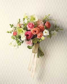 Spring Wedding Flowers We Love, Love, Love From Our Favorite Florists - Have a Soft Focus