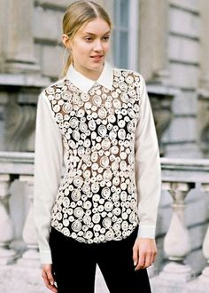 Fashion Style Chiffon Hollow Out Lace Blouse-- Click on the picture to order it>>Shop price:US$11.79---#shoes #wholesale #fashion #lovely #cheap #Korean #dress #sexy #clothes#