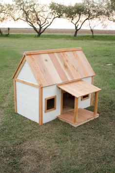 How to build a DIY Dog House with Porch
