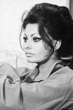 We Had Faces Then — Sophia Loren, 1960′s                                                                                                                                                                                 More