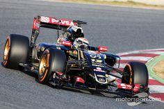 Pastor Maldonado, Lotus F1 E23 Day one Barcelona testing