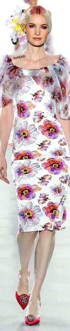 Chiara Boni La Petite RTW Spring 2019 Pin Logo, All Fashion, Pansies, Classy, My Favorite Things, Spring, Floral, Flowers, Beauty