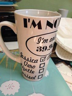 Im not 40 taza personalizada