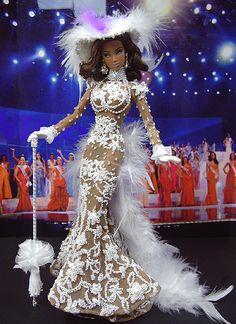OOAK Fashion Royalty NiniMomo's Miss Venezuela 2009 - Dolls. Dress Envy.