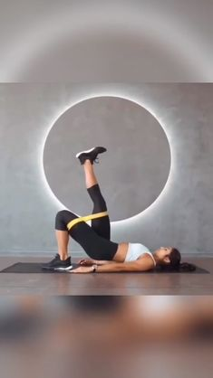 No equipment needed the best abs at home workout. No equipment needed the best abs at home workout. Core Workout Routine, Exercise Routines, Butt Workout, Workout Challenge, Excercise, Fitness Workouts, Yoga Fitness, At Home Workouts, Health Fitness