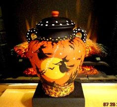 VINTAGE HALLOWEEN* WITCHES HAUNTED HOUSES*BATS*CATS CROWS COOKIE/TREAT CANISTER