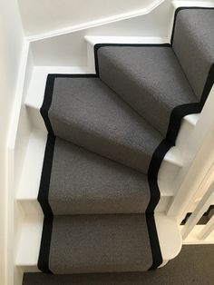 Dreaming of a staircase that creates an impression in your home, this quarter winder staircase will do just that, at an affordable price too!