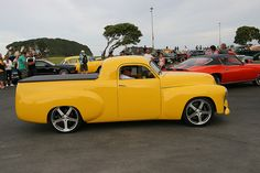 Always take a look at the time frame larger than the one you've chosen to trade with. Hot Rod Trucks, Cool Trucks, Big Trucks, Pickup Trucks, Holden Muscle Cars, Aussie Muscle Cars, Classic Trucks, Classic Cars, General Motors Cars