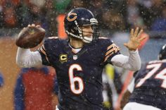 Chicago Bears quarterback Jay Cutler (6) throws a pass during the first half of an NFL football game against the Green Bay Packers, Sunday, Dec. 29, 2013, in Chicago. (AP Photo/Nam Y. Huh)