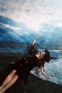 NEWS. KANSALLSIMUSEO NATINALMUSEUM.Brilliant! EXHIBITION Now. Susanna Majuri_Blackie triptyykki osa 1_2015 kansallismuseo.fi