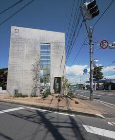 Atelier Tenjinyama home office by Takashi Fujino / Ikimono Architects Takasaki, Gunma Prefecture, Japan Project Area: 177.18 sqm (site), 61.93 sqm (building area), 61.93 sqm (floor area) 2011
