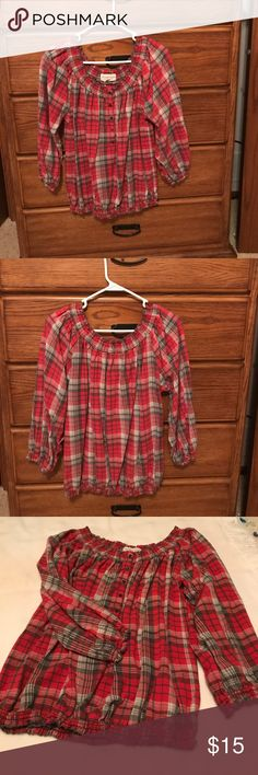 Plaid long sleeve cotton pull over. Gently used cotton plaid long sleeved balloon top. Great for fall with jeans and Jean jacket. Denim & Supply Ralph Lauren Tops Blouses