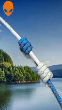 Rope Crafts, Diy Crafts Hacks, Diy Home Crafts, Survival Knots, Survival Skills, Survival Tips, Rope Knots, Macrame Knots, Knots Guide