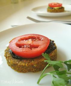 Eating Vibrantly: raw vegie nut burgers with mushroom and pepper berry sauce and fresh tomato