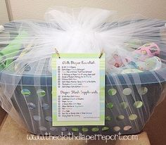 Putting Together a Cloth Diaper Gift Basket for a New Cloth Diapering Mom #clothdiapers