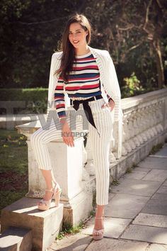 Η Ευαγγελία Συριοπούλου έχει κάθε λόγο να αισθάνεται τυχερή και ευτυχισμένη στη δουλειά και στην προσωπική της ζωή. Celebrity Outfits, Celebs, Celebrities, Striped Pants, Tik Tok, Fashion, Stripped Pants, Moda, Fashion Styles