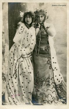 French Stage Actresses Miss Mitzi Dalti and Miss Cecile Sorel, 1900s // card by  Reutlinger