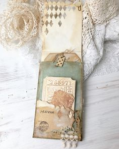 An altered envelope to go in my newest journal. You can find these long flap envelopes in Denise's shop @atattereddream they are so much fun thanks Denise @practice_makes_pretty #alteredenvelope #mixedmediacollage #timholtz #sizzix #diecutting #handmade #shabbysoul #myartwork