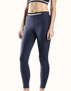 Best running tights ever #obsessed #runner Concord Tight in Navy #Tracksmith