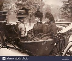 Download this stock image: Queen Alexandra (1844-1925) and her sister Empress Maria Feodorovna of Russia, formerly Princess Dagmar of Denmark (1847-1928), in an open carriage, leaving Victoria Station, Central London, at the time of the death of King Edward VII. Date: circa May 1910 - KRD1M4 from Alamy's library of millions of high resolution stock photos, illustrations and vectors.