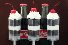 Coke Float Push Pops - 24 Delicious Foods You Can Make Using Soda