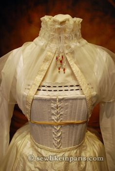 Elizabethan undergarments