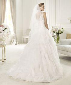 Pronovias presents the Ulmen wedding dress. Dreams 2013. | Pronovias is available at Patsy's Bridal in Dallas.