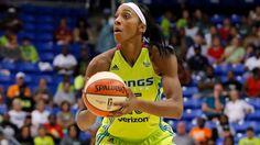 Gloria Johnson Slams de la WNBA Para Un Juego de Suspensión Después de Lanzar Punch