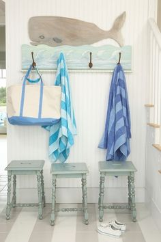 beach style entry by Tracey Rapisardi Design