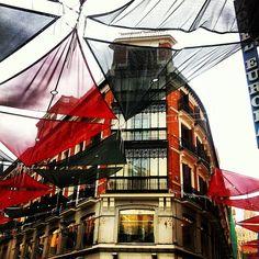 Parasoles en la calle. Madrid.  Photo by maria_isabel_l • Instagram