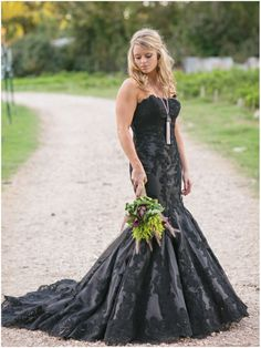 Floral by Disch Events; Gown from Blush Bridal Lounge, Photos by http://juliewilhite.com