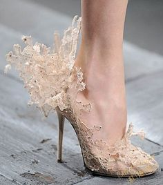 Valentino Couture Lace Shoes, Valentino Garavani, fashion, haute couture, womenswear, couture, designer