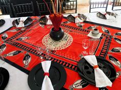Traditional event decor @ShongaEvents African Traditional Wedding Dress, Traditional Wedding Decor, African Wedding Dress, Traditional Cakes, African Weddings, Zulu Wedding, Traditional Fairy Tales, African Theme, African Home Decor