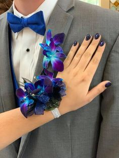 Orchid Prom Corsage and Boutonnière Blue Corsage, Prom Corsage And Boutonniere, Bridesmaid Corsage, Bridesmaid Flowers, Corsage For Prom, Corsage Formal, Glam Metal, Succulent Corsage, Orchid Corsages