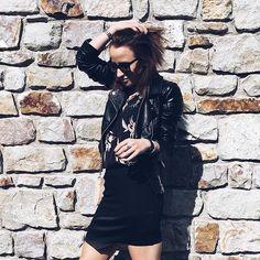 SAMANTHA KIST www.samanthakist.com Blogger Mode Made In Belgium Blogger Belgian Girl Fashion Last night look ! — #blogger #brunette #bloggerstyle #style #styleblogger #styleinspiration #styleoftheday #outfit #outfitoftheday #parisiangirl #belgian #outfitpost #inspiration #streetstyle #ootd
