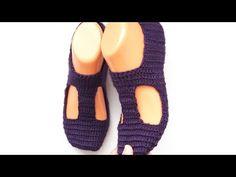Crochet Slipper Boots, Knitted Slippers, Crochet Shoes Pattern, Shoe Pattern, Crochet Accessories, Socks, Youtube, Fashion, Crochet Sandals