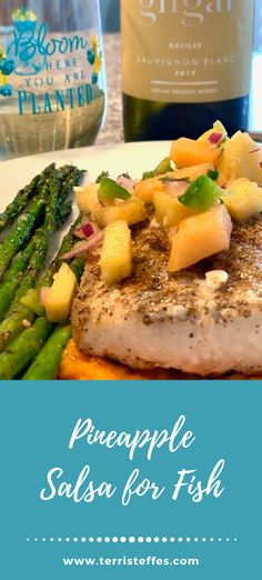 A delicious combination of fresh seafood, pineapple and a lovely wine from Israel! #grilledseafood #mahimahi #pineapplesalsa