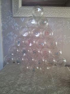 Joulukalenteri pilttipurkeista