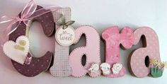 Nome em MDF, decorado em papel de scrap. Pode ser utilizado para decorar quarto, maternidade e festa infantil. R$ 56,00