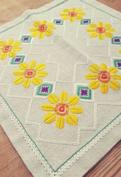 Beautiful floral embroidered tablecloth in offwhite linen from Sweden Cross Stitch Borders, Cross Stitch Patterns, Crochet Bedspread, Bargello, Ribbon Embroidery, Vintage Shops, Diy And Crafts, Kids Rugs, Etsy